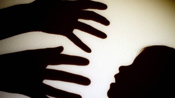 Frankreich will körperliche Bestrafung gegen Kinder verbieten