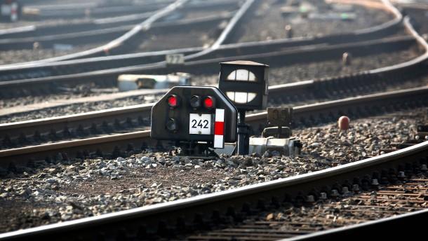Tunnel statt Stelzen für die Eisenbahn