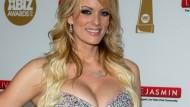 Die Pornodarstellerin Stormy Daniels bei einer Preisverleihung in Los Angeles im Jahr 2016