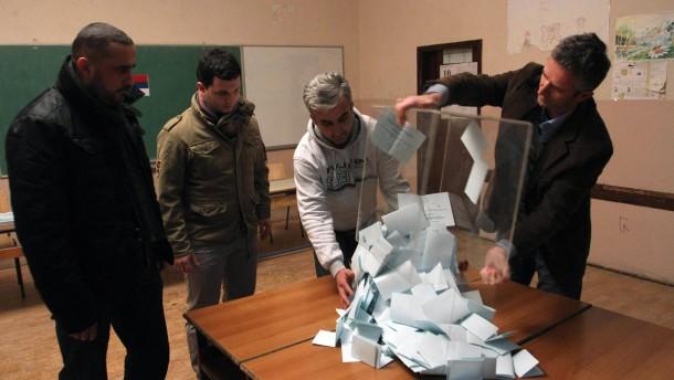 Serben stimmen mit fast 100 Prozent gegen Prishtina