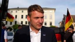 Poggenburg rechnet nach Parteiaustritt mit AfD ab