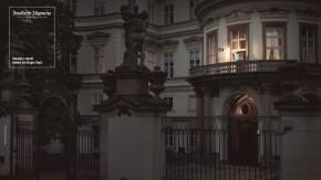 """Hans-Dietrich Genscher als """"kluger Kopf"""" auf historischem Balkon"""