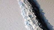 In der Antarktis droht riesige Eisplatte zu zerbrechen