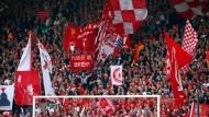 "Auch wenn es gegen Chelsea umging: ""You'll never walk alone"" an der ""Anfield Road"""