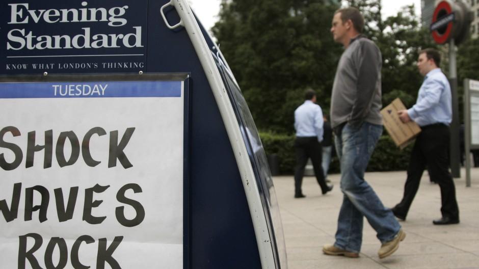 Banker packen zusammen.