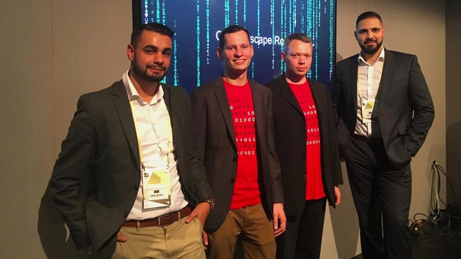 Die Entwickler des Hacker-Escape-Room (von links nach rechts) Mahmud Hanif, Thomas Klir, Philipp Fath und Omar Amarkhel