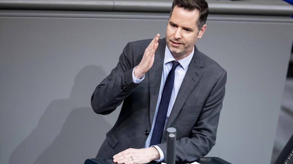 Die Steuererklärung soll ein Ende haben, wenn es nach FDP-Fraktionsvize Christian Dürr geht.