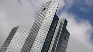 Amerikanischer Hedgefonds steigt bei Deutscher Bank ein