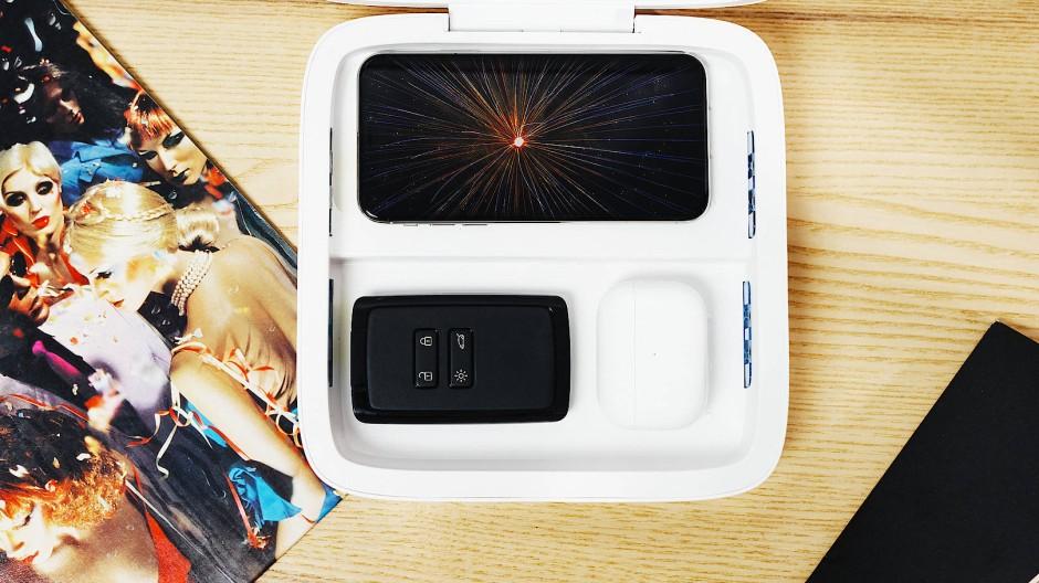 Kiste gegen Keime: Mit UV-C-Strahlen desinfiziert die Box in acht Minuten die Oberfläche kleiner Gegenstände.