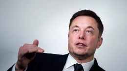Elon Musk kündigt gründlichen Umbau bei Tesla an
