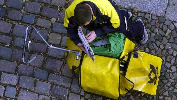 Post macht Entfristung von Krankheitstagen abhängig