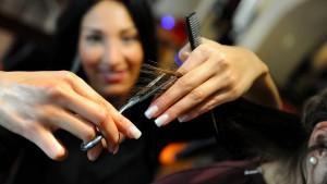 Wie Heils Friseurin 250 Euro Rente verliert