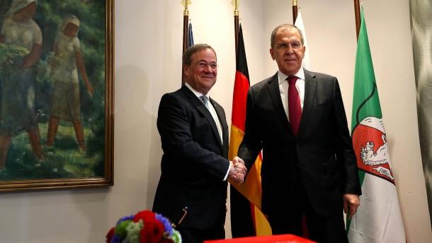 Laschets Ruf als Russlandversteher