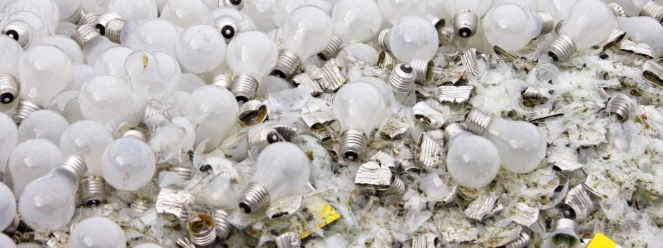 recycling der lampenschrott liegt im keller wirtschaftspolitik faz. Black Bedroom Furniture Sets. Home Design Ideas