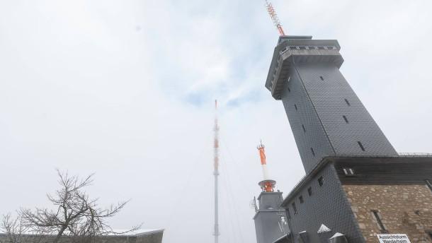 Jetzt ist auch noch der Turm zu
