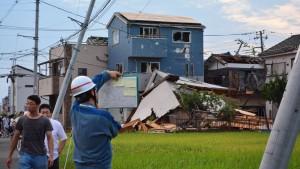 Tornado fegt über Japan