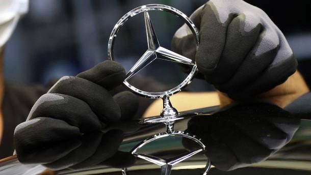 """""""Bald gibt es zwei Dax-Konzerne mit Mercedes-Stern"""""""
