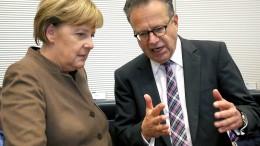 Merkel wusste von Bamf-Missständen