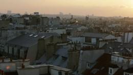 Parkour über den Dächern von Paris