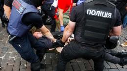 Dutzende Verhaftungen von Gay Pride Gegnern