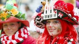 Köln startet nasskalt in die Karnevalssaison