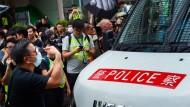 Konfrontation mit der Polizei am Samstag in Hongkong