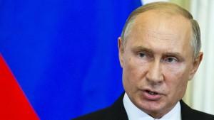 Vertrauen der Russen in Putin sinkt