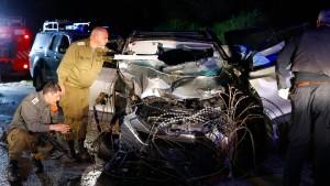 Zwei israelische Soldaten bei Auto-Attentat getötet