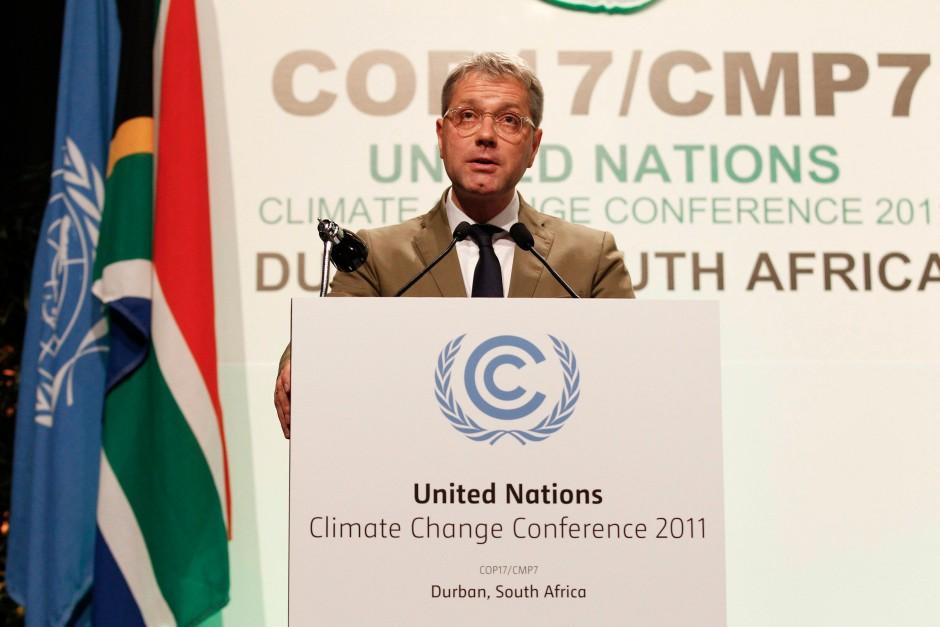 Norbert Röttgen spricht auf der Konferenz in Durban