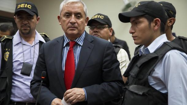 Ehemaliger Präsident Pérez Molina in U-Haft