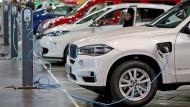 Was die Parteien mit den Autobauern vorhaben