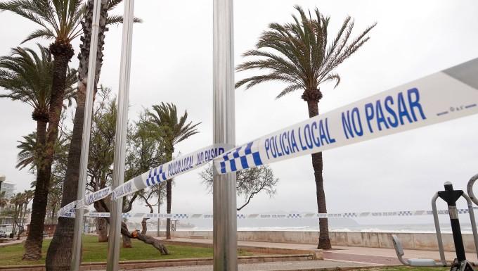 Kein Urlaub mehr: Absperrung im spanischen Cala Millor
