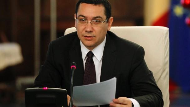 Victor Ponta liest