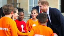 Prinz Harry warnt den Rugby-Nachwuchs