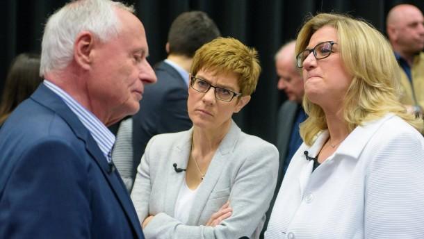 CDU und SPD im Saarland Kopf an Kopf