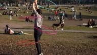 Der Hula-Hoop-Hype ist nicht zuletzt ein Internetphänomen.