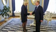 Marine Le Pen trifft Wladimir Putin