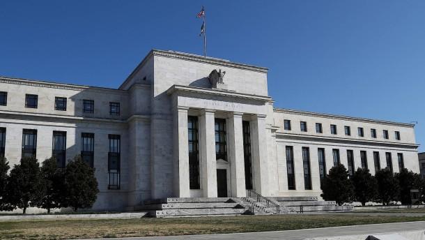 Notenbank lockert Verschuldungsregel