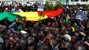 Malis Regierung tritt geschlossen zurück