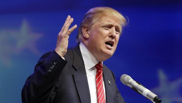 Trump unter Republikanern viel beliebter als Bush