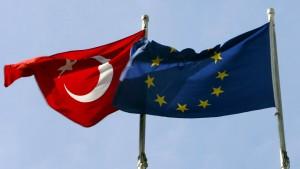 EU bestellt türkischen Botschafter ein
