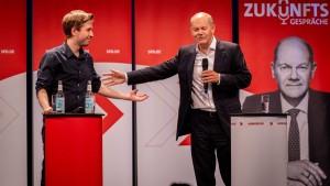 Kühnert will SPD-Mitglieder über Koalition entscheiden lassen