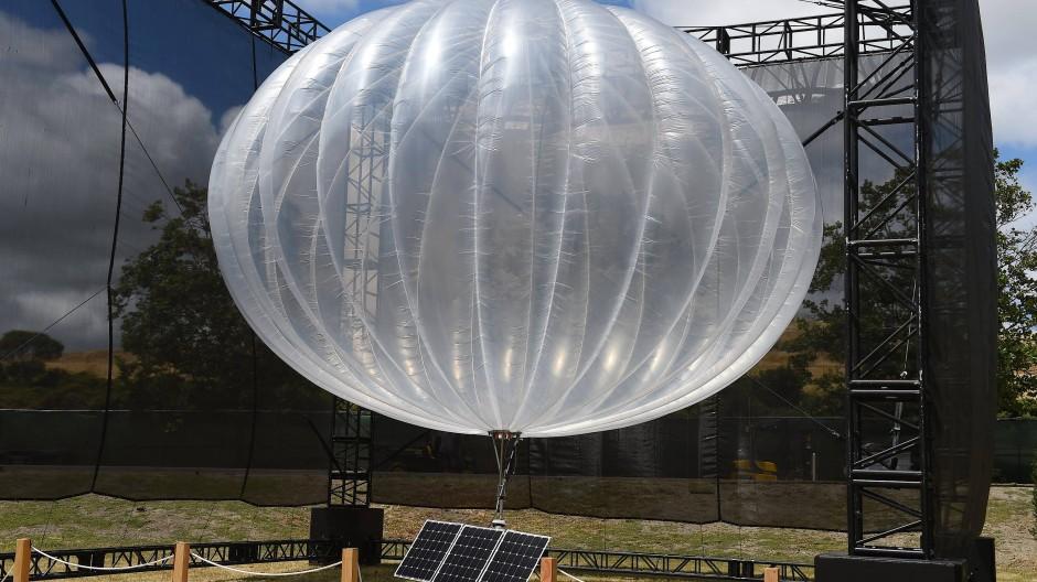 Mit solchen Ballons wollte Google eigentlich entlegene Regionen mit Internet versorgen. Nun wurde das Projekt gestoppt.