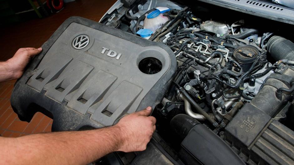 Autozulieferer, die sich auf Benzin- und Dieselmotoren spezialisiert haben, werden in ihrer jetzigen Form bald nicht mehr gebraucht.
