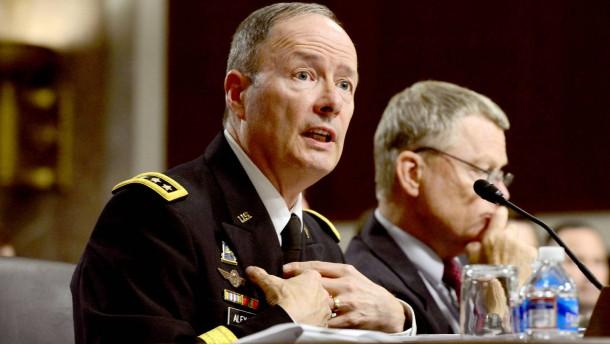 NSA-Chef Keith Alexander im Juni bei einer Senatsanhörung