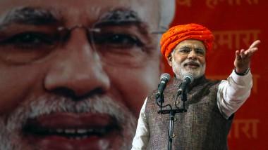 Die dem Hindu-Traditionalismus nahestehende Bharatiya-Janata-Partei unter Narendra Modi hat einen großen Wahlsieg errungen. In der liberalen Presse wird seitdem ängstlich jeder Schritt der Regierung untersucht.