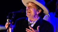 Literaturnobelpreisträger Bob Dylan bei einem Konzert im Jahr 2012