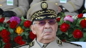 Armee fordert Strafverfolgung der Elite