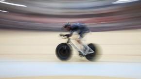 Schneller als der Blitz: Jens Voigt beim Stundenweltrekord