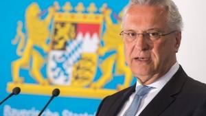 Herrmann: Kontrollen an bayerischer Grenze verfassungsgemäß